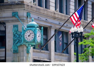 Marshall's Field clock, Chicago