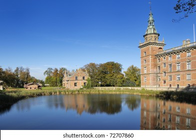 Marsvinsholm is dating back to the early 13th century. The present Renaissance Castle is built on Beechwood poles in a small lake 1644-48 by the Danish noble Otto Marsvin.