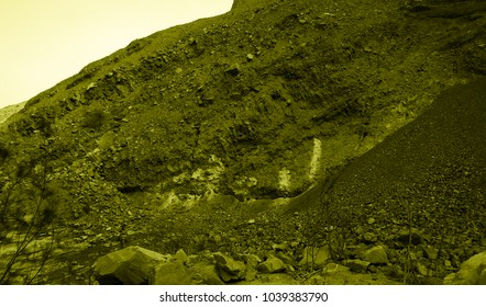 Martian landscape of the lost river bed