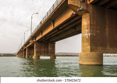 Martyrs Bridge (Pont des martyrs) on the river Niger in Bamako, Mali