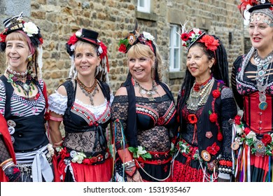 Masham, North Yorkshire, England, 5th October 2019. The fantastic 400 Roses at the Sheep Fair about to perform their belly dancing.