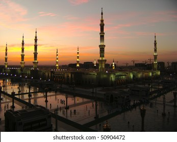 Masjid Al Nabawi or Nabawi Mosque (Mosque of the Prophet) in Medina (City of Lights), Saudi Arabia at dawn.