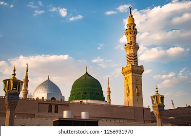 masjid nabawi prophet mosque madinah 260nw 1256931970
