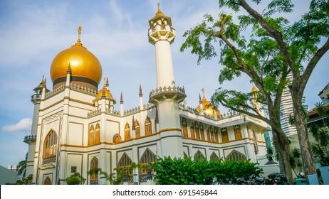 Masjid Sultan view from North Bridge Road Singapore