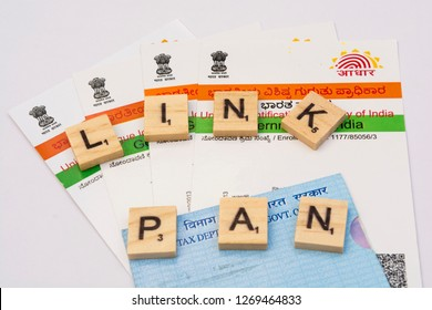 Maski,Karnataka,India - DECEMBER 29,2018: Aadhaar card and PAn card which is issued by Government of India.