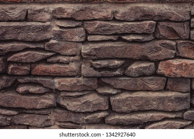 masonry natural stones in the form of tiles made of stones, for the realization of designer ideas in the construction of luxury houses
