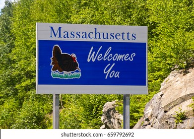 Massachusetts Welcomes You road sign.
