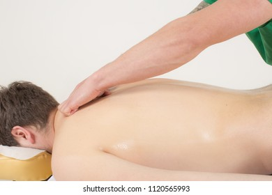 Masseur doing an neck massage