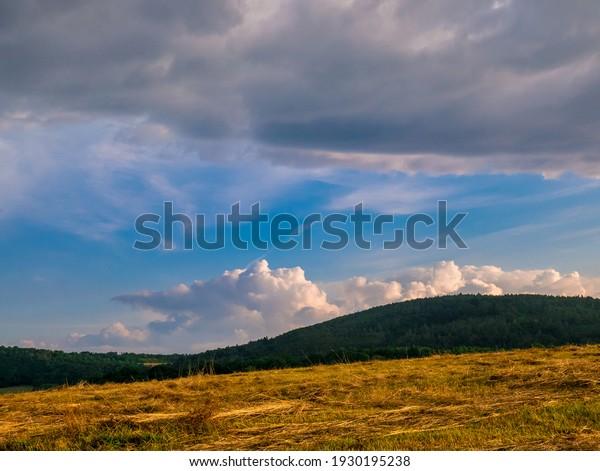 massive-clouds-towering-cumulus-forming-
