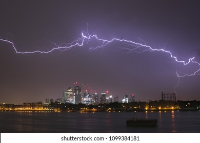 Massive lightning over Canary Wharf Lodon