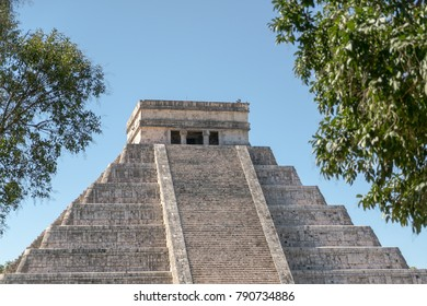 Massive step pyramid El Castillo of ancient Maya in Chichen Itza, Yukatan, Mexico.