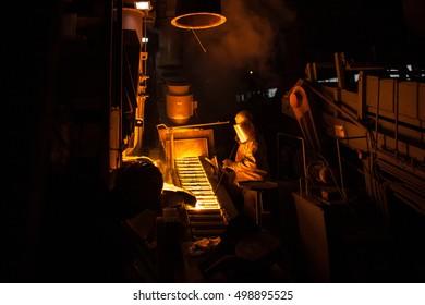 Master alloys production at foundry