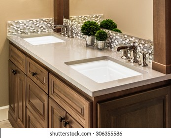 Master Bathroom Sinks and Vanity in Luxury Home