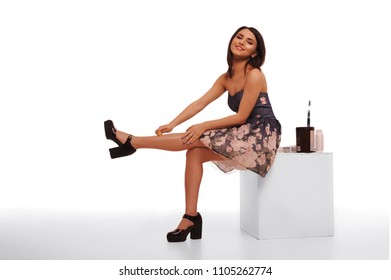 The master of slouching. Epilation. Training of hair removal.