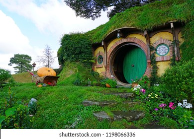 MATAMATA, NEW ZEALAND -1 AUG 2018- View of Hobbit houses on the Hobbiton movie set, the Alexander farm where Peter Jackson filmed several Lord of the Rings and Hobbit films.