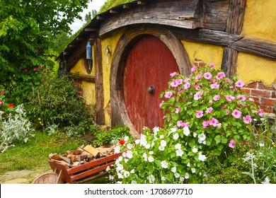 matamata. new Zealand. hobbiton movie set. 11.19.2019 A popular tourist destination. filming the lord of the rings. hobbit house