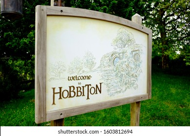 """MATAMATA, NEW ZEALAND, OCT-21- 2017 : the welcome board to Hobbiton - movie set created for filming the Lord of the Rings and """"Hobbit"""" movies."""
