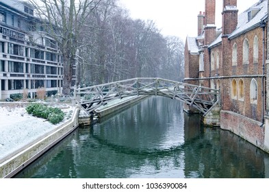 The mathematical bridge in queens college, cambridge during the bad weather of february 2018