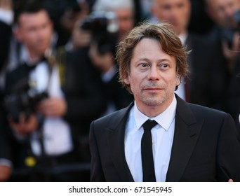 Mathieu Amalric attends the 'Ismael's Ghosts (Les Fantomes d'Ismael)' screening and Opening Gala during the 70th annual Cannes Film Festival at Palais des Festivals on May 17, 2017 in Cannes, France.