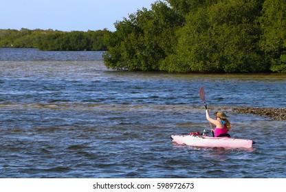 Matlacha, Florida - March 2017 - Pink Kayak Exploration