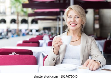 Blonde mature women pictures 4418