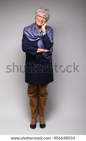 mature posing pics