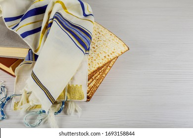 Matzoh holiday celebration passover jewish with matzoh