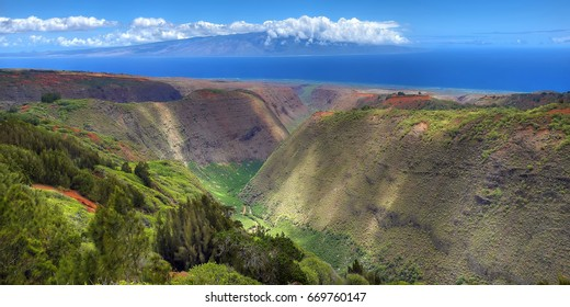 Maunalei Gulch - Island of Lana'i, Hawaii