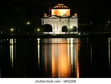 mausoleum of alessandro volta