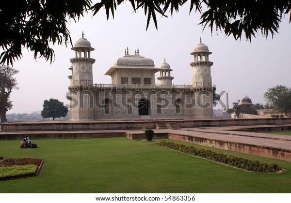 """Mausoleum of Itimad-ud-Daula (""""Baby"""" Taj) in Agra"""