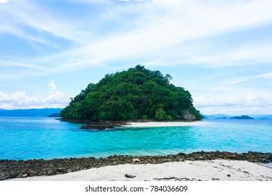 Maxima Island, Port Barton, Palawan