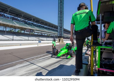 May 25, 2018 - Indianapolis, Indiana, USA: The Verizon IndyCar teams take to the track for the final practice for the Indianapolis 500 at the Indianapolis Motor Speedway in Indianapolis, Indiana.
