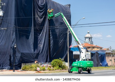 MAY 26, 2019, INVERNESS, FL: Buildings  are environmentally sealed in advance of fumigation with sulfuryl flouride, a deadly toxin used to kill Drywood Termites, a pest that feeds on undecayed wood.