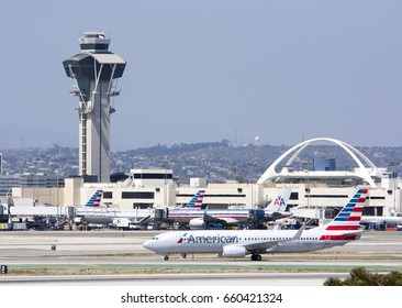 May 27, 2015. Los Angeles International Airport (LAX). American Airlines, Boeing 737-823(WL)