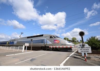 Grade Crossing Images, Stock Photos & Vectors | Shutterstock