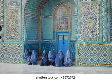 MAZAR - NOVEMBER 3: Afghan women in burka from Mazar, Balkh, come to pray November 3, 2009 at the Blue Mosque, in Mazar, northern Afghanistan.