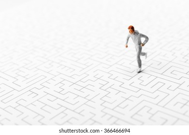 Maze, running man
