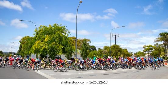 McLAREN VALE, SOUTH AUSTRALIA, 26 JANUARY 2020; The Tour Down Under peloton rides into the Main Street of McLaren Vale on Australia Day.