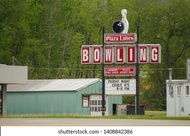 MEADVILLE, PENNSYLVANIA - CIRCA MAY 2011: A picture of the retro-looking googie style sign for Plaza Lanes Bowling.