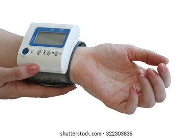 Measurement of arterial pressure by the portable device on a female hand