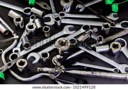 measuring mechanical tools car repair on の写真素材 今すぐ編集