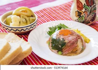 Meat aspic - Romanian traditional cuisine