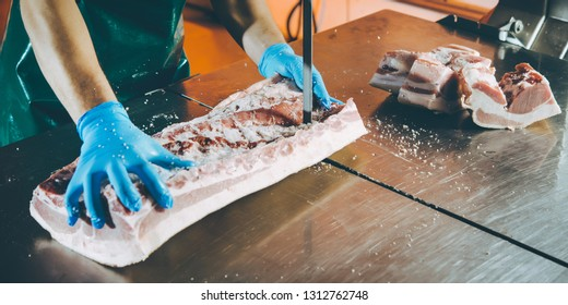 meat cutting factory