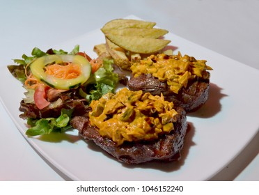meat and mustard gourmet dish