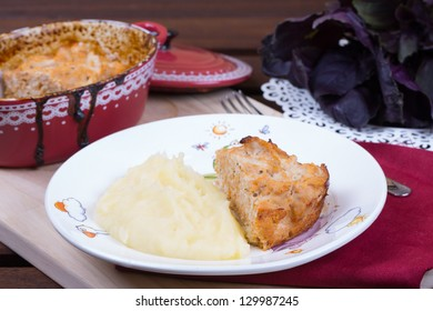 Meat pie with mashed potatoes on the table