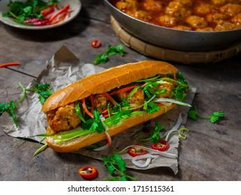 meatball banh mi - vietnamese meatball sandwhich