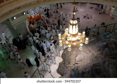 MECCA, SAUDI ARABIA - 1 DECEMBER 2016 : Muslim pilgrims perform saei (brisk walking) between Safa and Marwah mount on DEC 1, 2016 in Mecca. Muslim pilgrims perform 7 rounds between both mount.