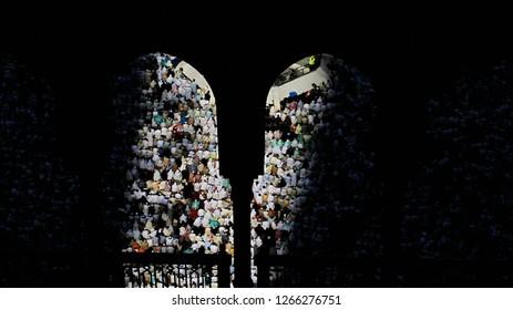 Mecca, Suudi Arabia /  Suudi Arabia - 16.11.2010 : Muslims pray in Kaba in Mecca to be Haji.