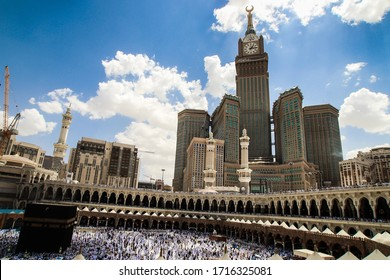 Mecca,27 March 2013 Saudi Arabia : Zam-zam Tower or Clock Tower is the tallest clock tower in the world. Abraj Al Bait outside of Masjidil Haram, a holiest mosque for muslim. A landmark of Mecca