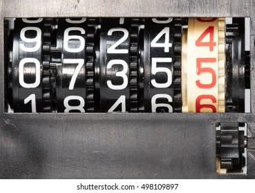 mechanical combination lock, counter